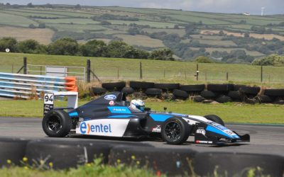 Nicolás Pino regresa a Europa para sumarse a la pretemporada del equipo Double R Racing