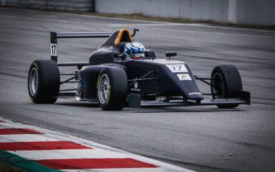 Nico Pino entre los mas rápidos en test oficiales en España
