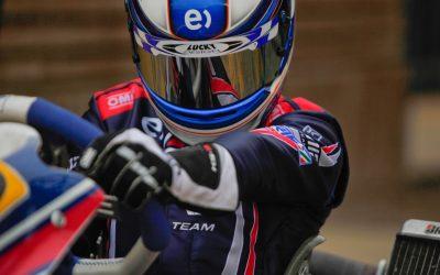 Nicolás Pino piloto chileno de 15 años.