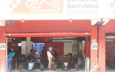 T13 AM. Joven piloto chileno en Barcelona (nota en bloque deportivo de)